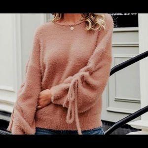 Brand New‼️ NWT‼️ Sweater